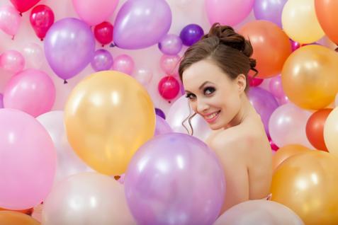 kleine-und-mittelgrosse-Ballons-sind-schon-lange-sehr-beliebt-auf-Hochzeiten